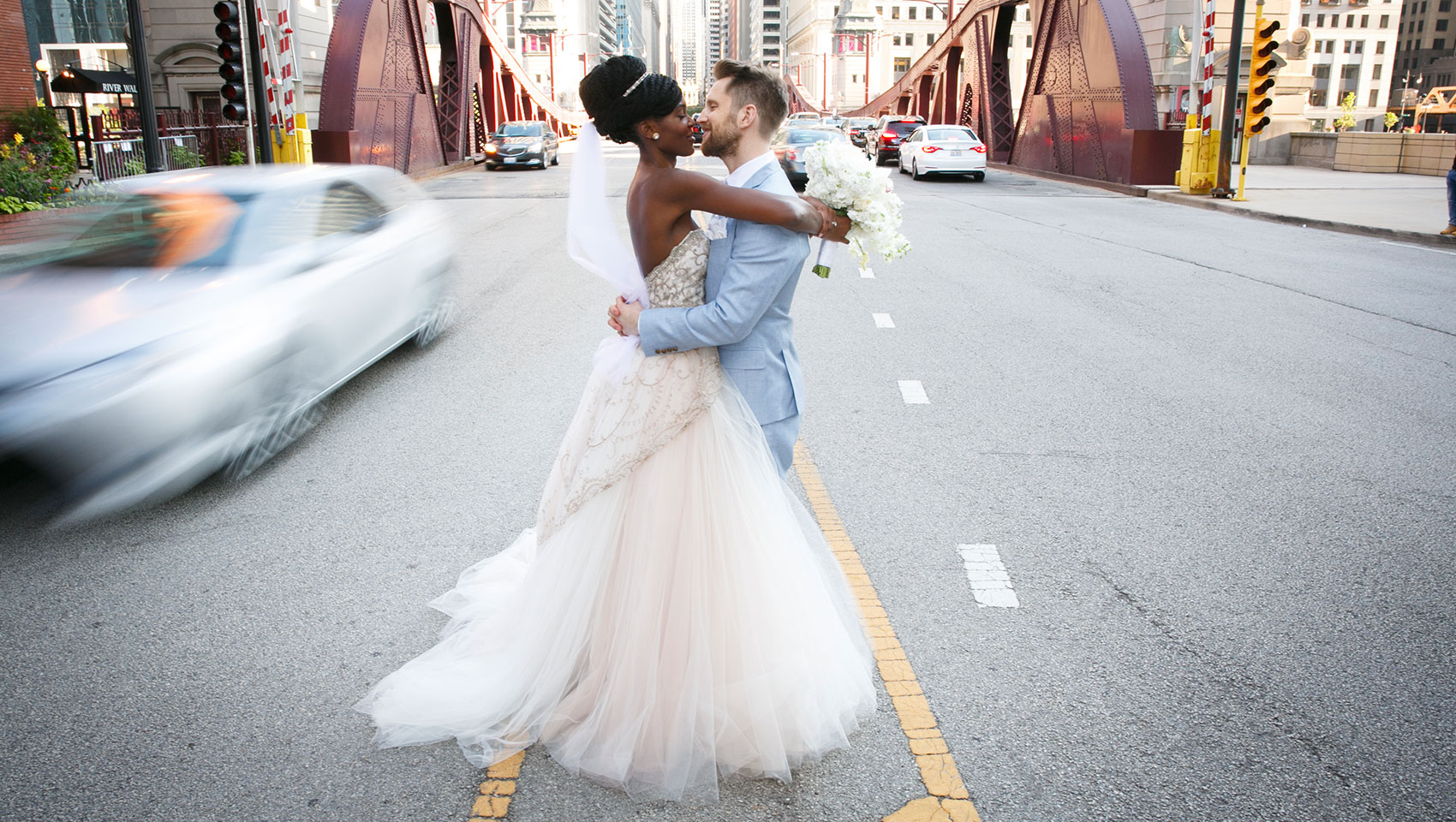 Newlyweds, Chicago streets
