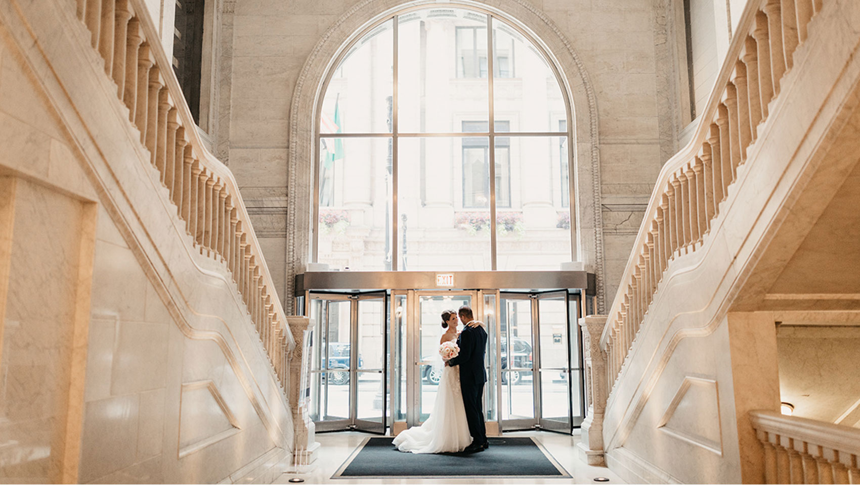 chicago wedding grand staircase