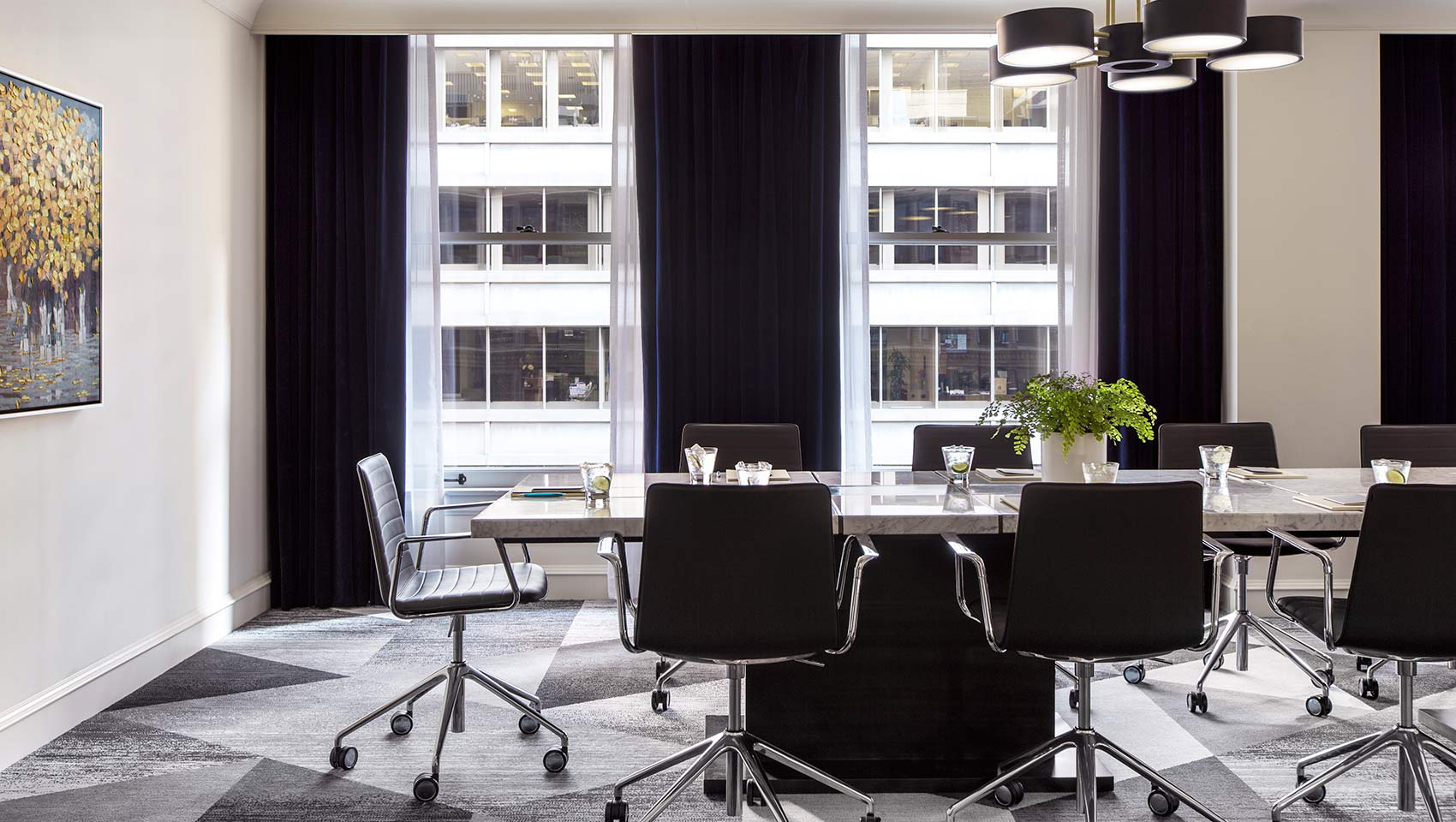 chicago meeting rooms Booth campuses in chicago and singapore offer world-class meeting facilities.