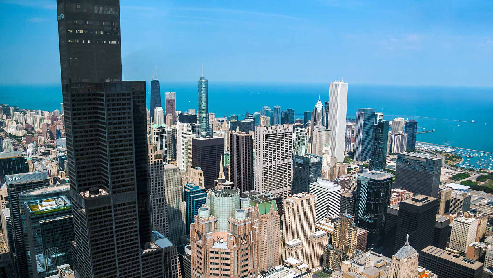 Chicago loop hotels kimpton gray hotel chicago for Hotel accommodations chicago